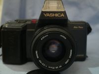 ' 230 NICE SET ' Yashica 230AF SLR Camera + 35-70mm  Lens + Flash £29.99